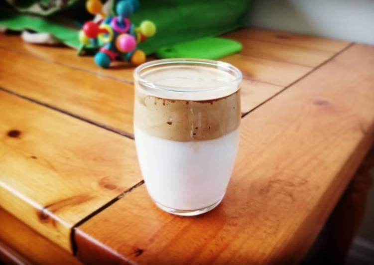 Dalgona Coffee