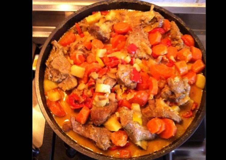 La Recette Pas à Pas Sauté d agneau à l indienne aux tomates carottes pommes de terre et curry