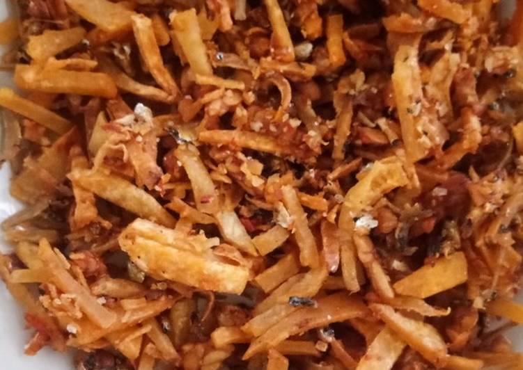 Keripik keladi, tempe,dan ikan teri kering pedas