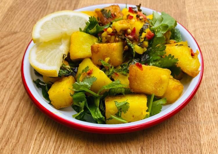 30 Minute Step-by-Step Guide to Make Cooking Green Batata Harra 🌱 (Spicy Lebanese Mezze Potatoes)