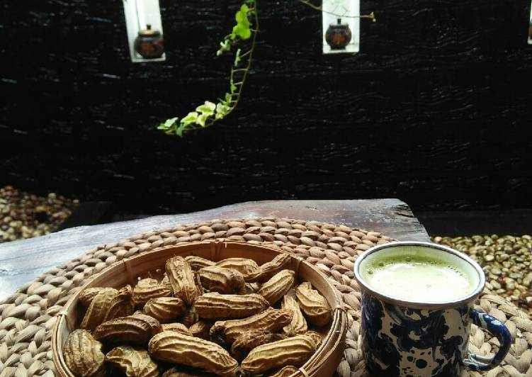 Kacang rebus dgn menggunakan panci presto