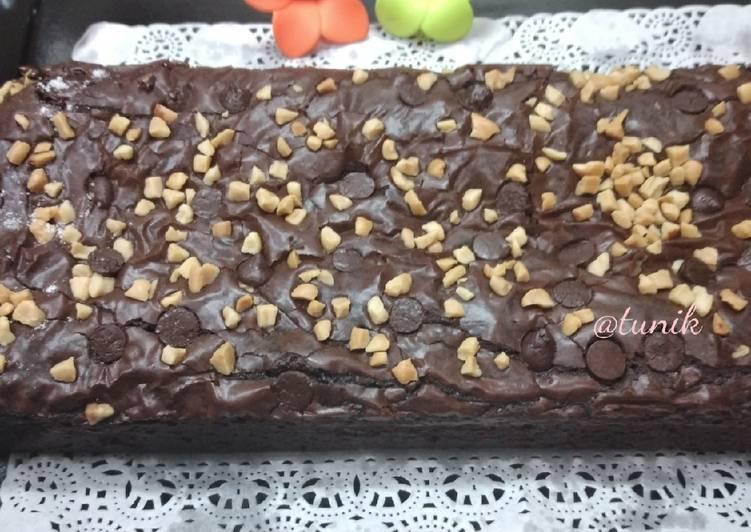 250. Shiny Crust Fudgy Brownies