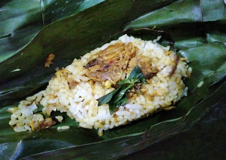 Nasi Bakar Tongkol Suwir
