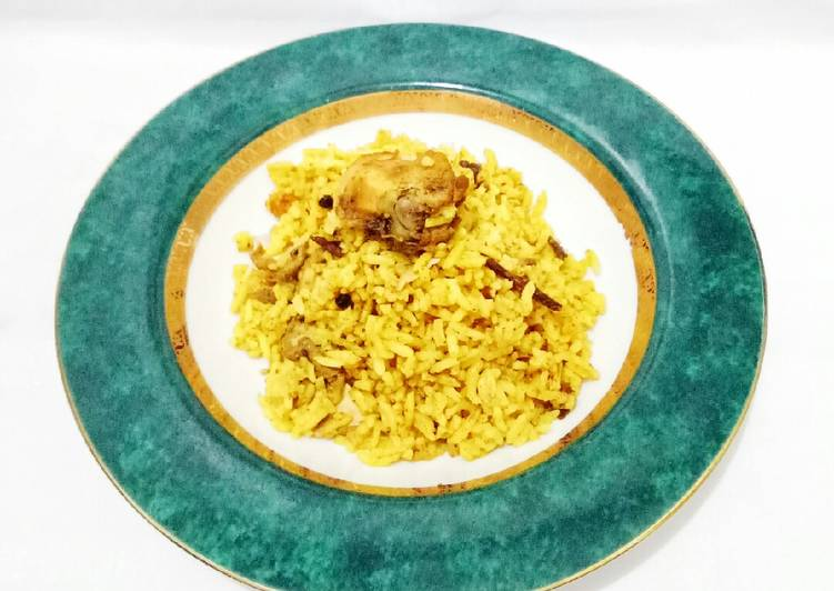 160. Nasi Briyani Ayam Magic Com