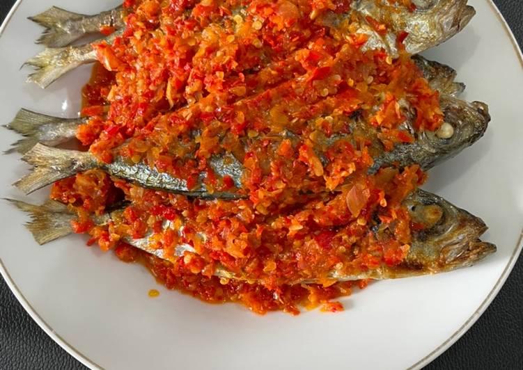 Ikan Kembung/Kadompe Bakar Rica