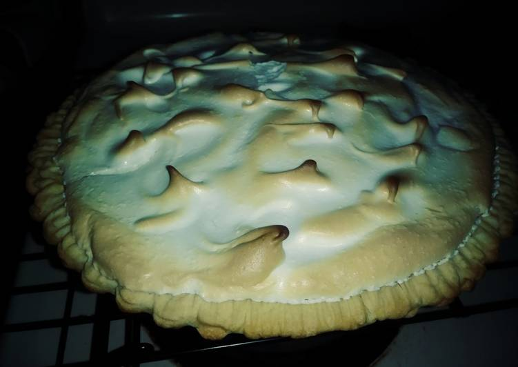 Steps to Prepare Award-winning Lemon meringue pie #america