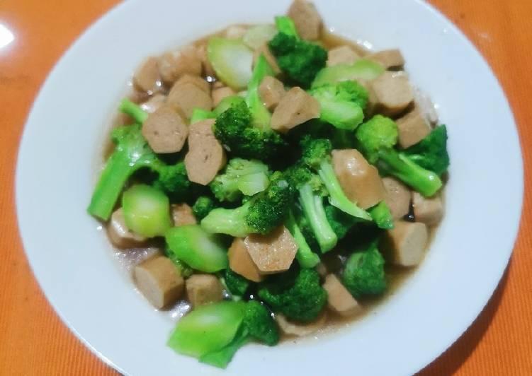 Tumis brokoli sosis saus tiram