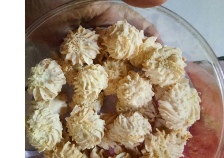 Sagu keju crunchy dan lumer