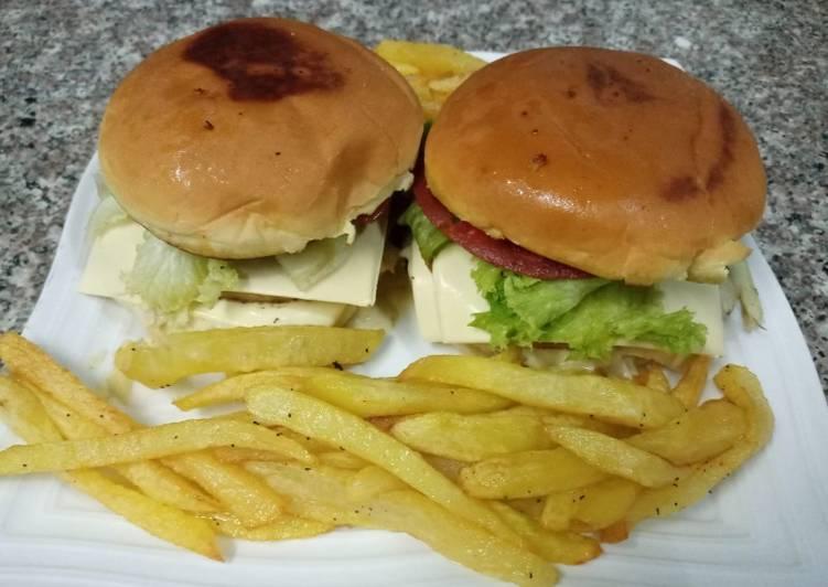 Recipe: Perfect Mushroom sauce pepperoni beef burger