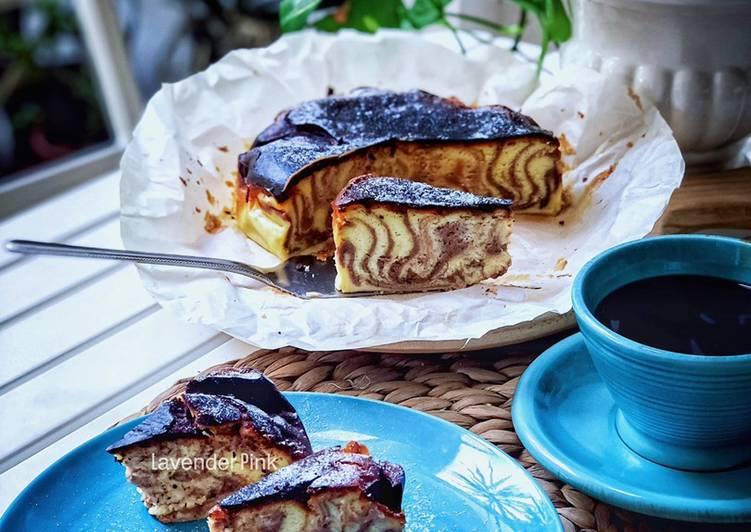 Hazelnut Marble Burnt Cheese Cake - resepipouler.com