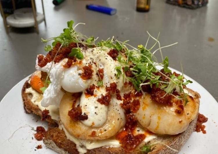 Recipe of Homemade Scallops, nduja & poached duck eggs on sourdough with a mustard creme fraiche
