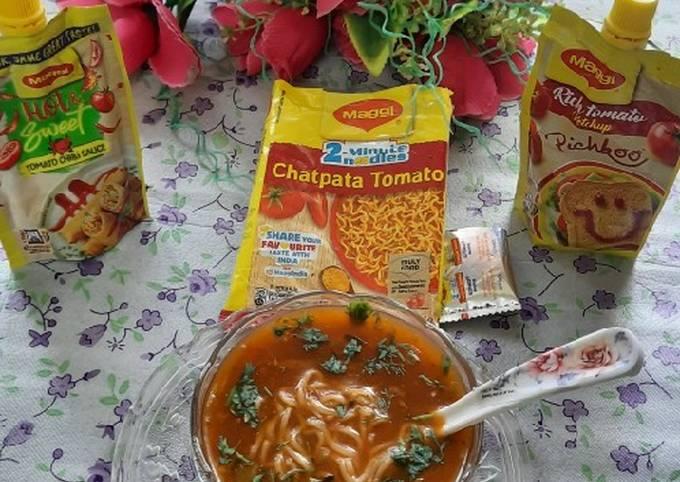 Maggi chatpata tomato vegetables Chinese soup