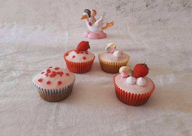 Ricetta Cupcake alla fragola e cioccolato bianco