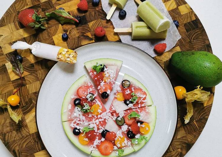 Kids Avo pops, Fruit pizza & Gronola bar (picky Eater kid meal)