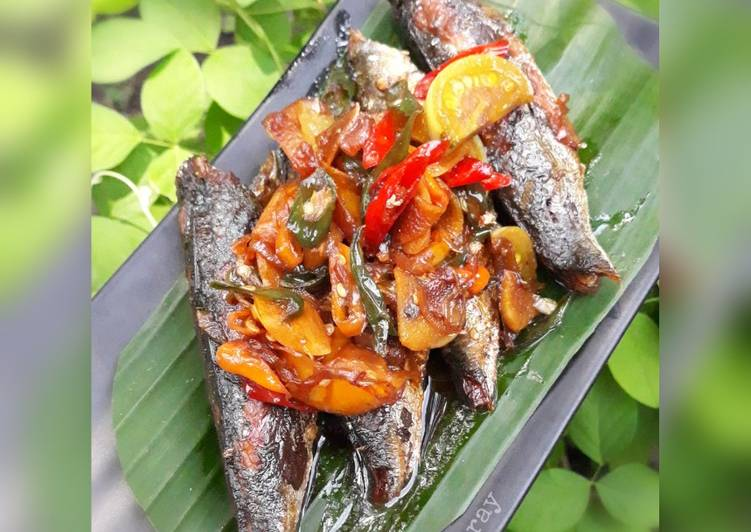 Ikan Pindang Tumis Pedas