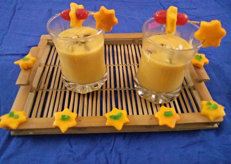 5 Minute Recipe of Blends Mango Lassi A traditional refreshing mango lassi which is a perfect summer cooler to beat the heat