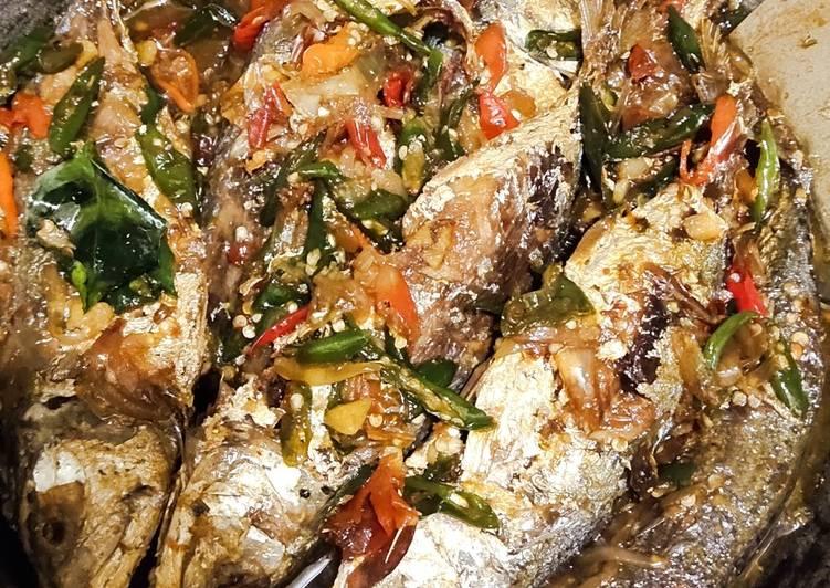 Ikan Kembung Cabe Hijau