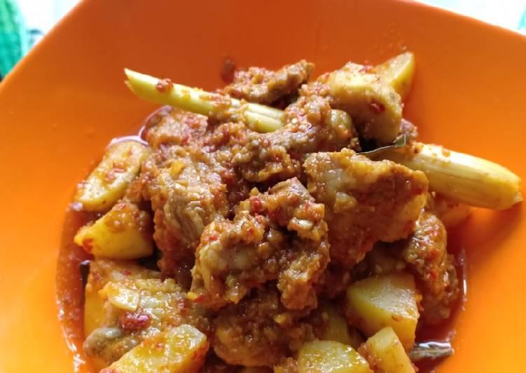 Kari daging sapi kentang