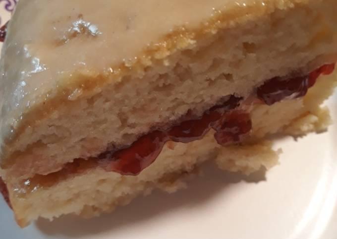 Strawberry Preserves Cake, Homemade