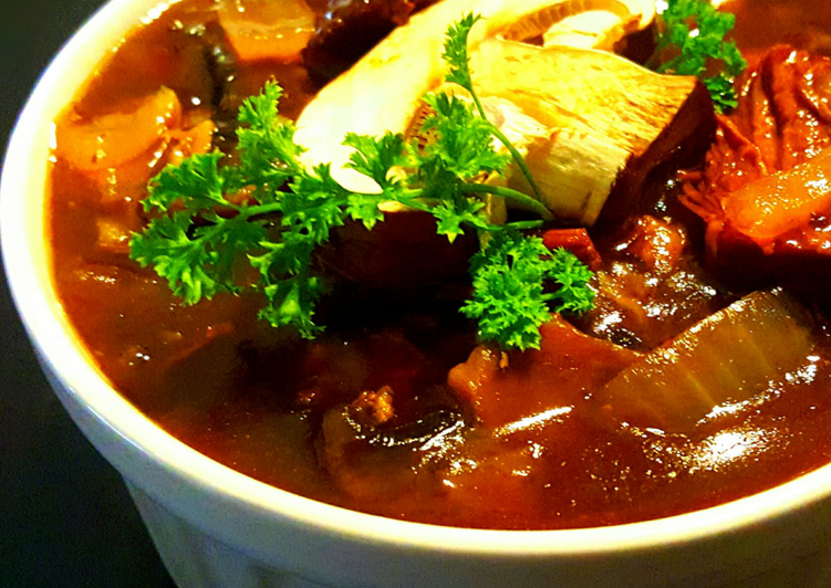 Mike's Beef Onion Mushroom Soup