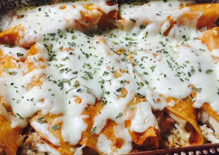 The Best Soft and Chewy Dinner Easy Winter Chicken Enchiladas
