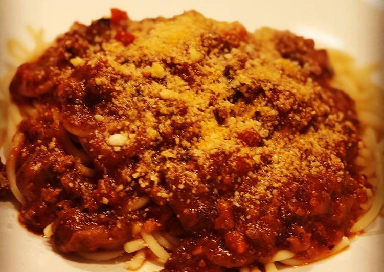 Italian Style Homemade Spaghetti with meat sauce