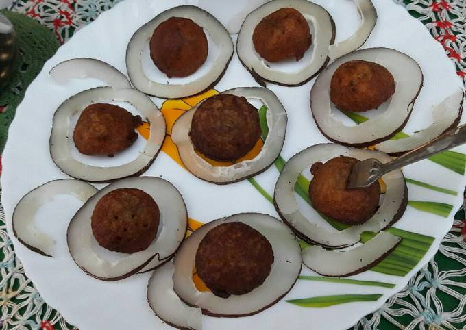 Gulgula bhjiya/Jaggery our singhada ke aate ka bhajiya