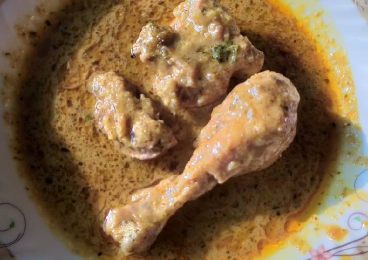 Recipe: Appetizing Chicken mint kaju korma