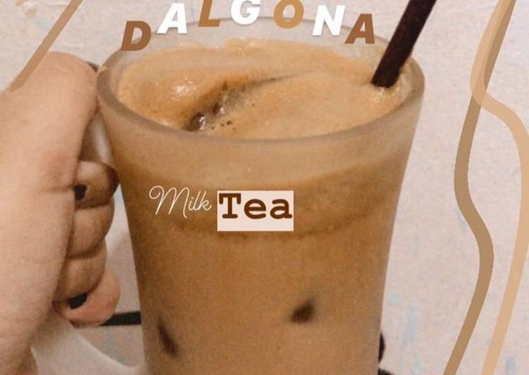 Dalgona Milk Tea
