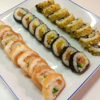 Sushi California Roll Y Maki Receta De Irene Guirao Cookpad