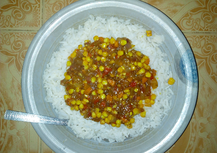 Steps to Prepare Favorite Rice with sweetcorn stew