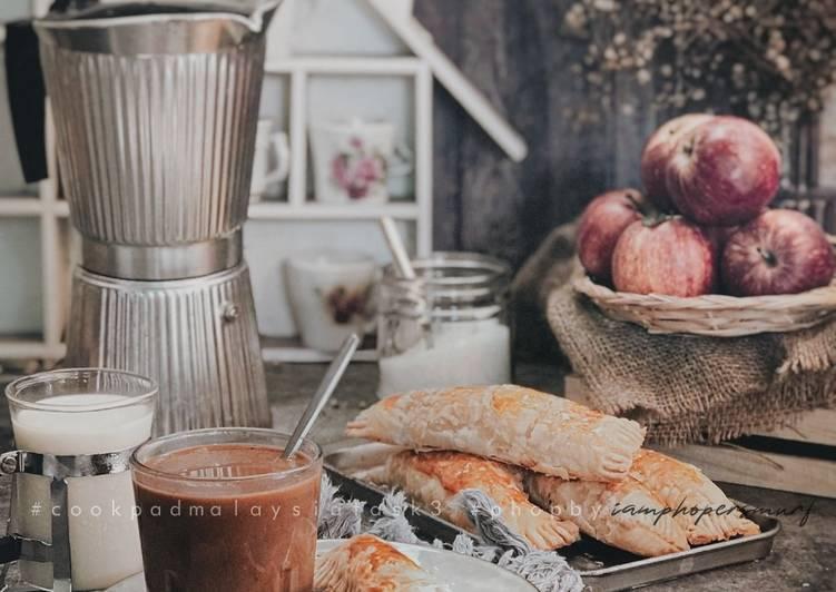 Apple Cinnamon Pastries