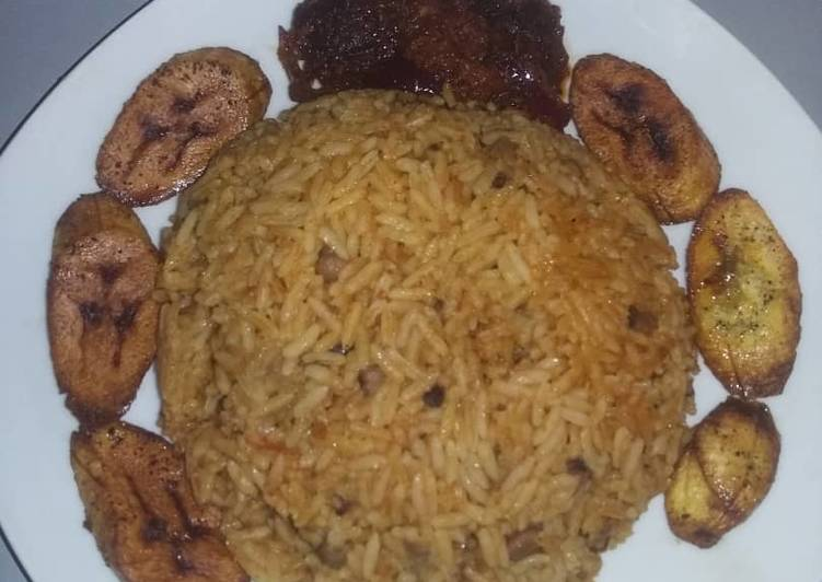 Joll of rice/beans and peppered beef