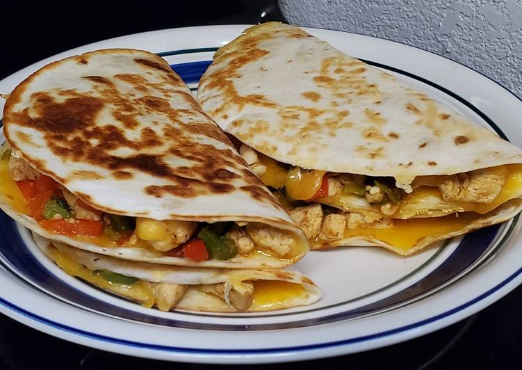 Easiest Way to Prepare Appetizing Chicken Quesadillas (Mexican)