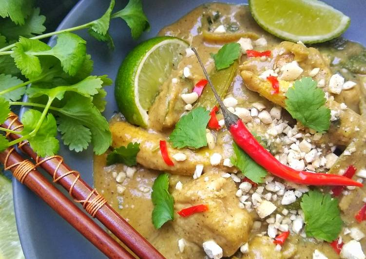 Easiest Way to Make Award-winning Chicken Satay Curry