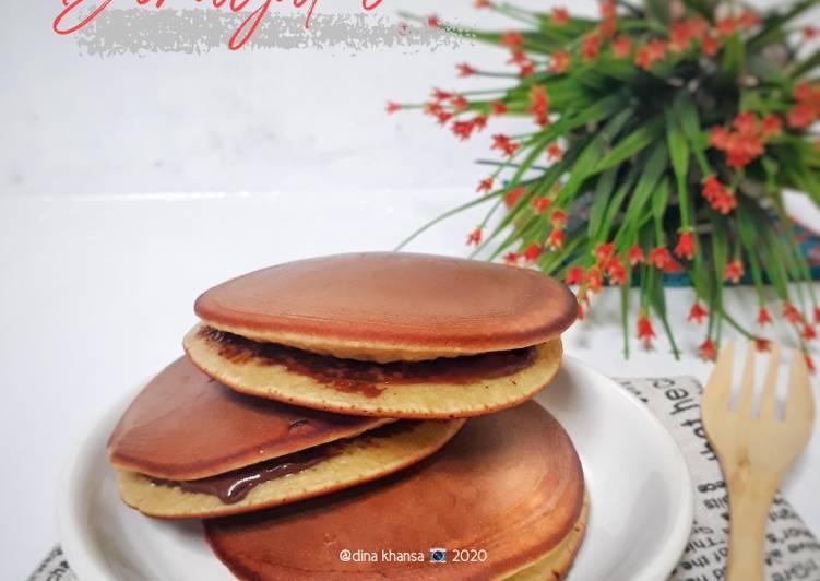 Dorayaki isi Coklat