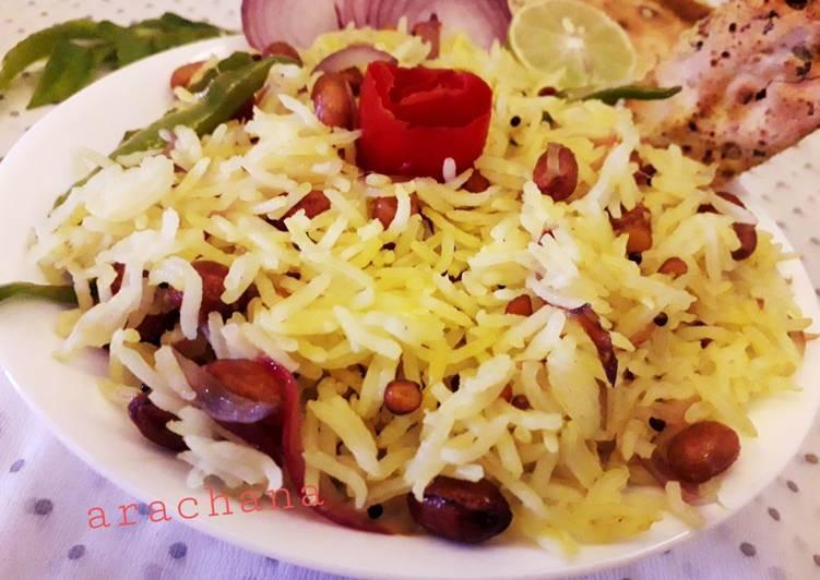 Lemon rice with mix salad