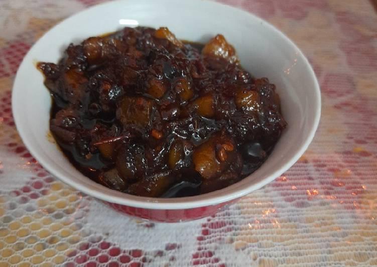 How to Prepare Super Quick Homemade Khatta Meetha Pumpkin