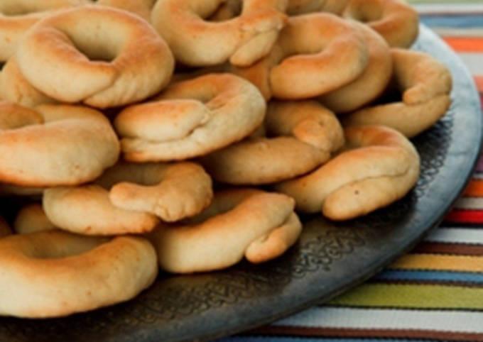 Milk-based cookies - kaak bi haleeb
