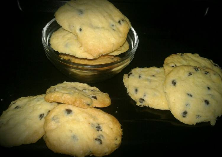 Vanila Choco Chips Cookies #SeninSemangat