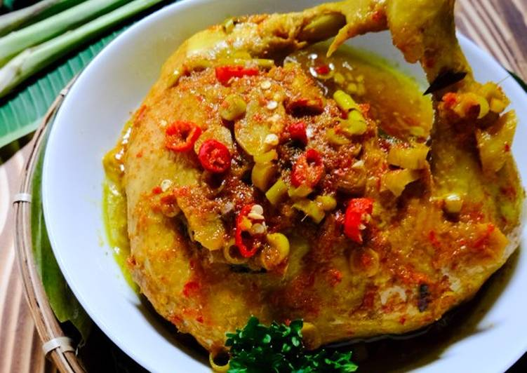 Ayam Betutu Bali (Versi Kuah)