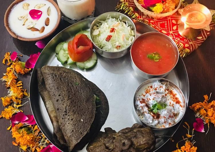 Recipe: Perfect Kuttu wraps with potato paneer filling