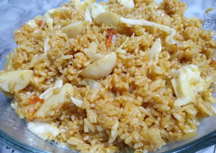 Nasi goreng kol bakso ikan