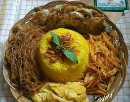Tumpeng Mini Nasi Kuning Rice cooker