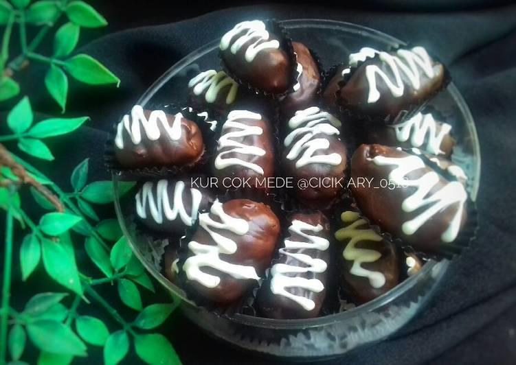 Resep 20. Kurma Coklat Mede #PrRamadhan_kukirainikukis yang Bikin Ngiler