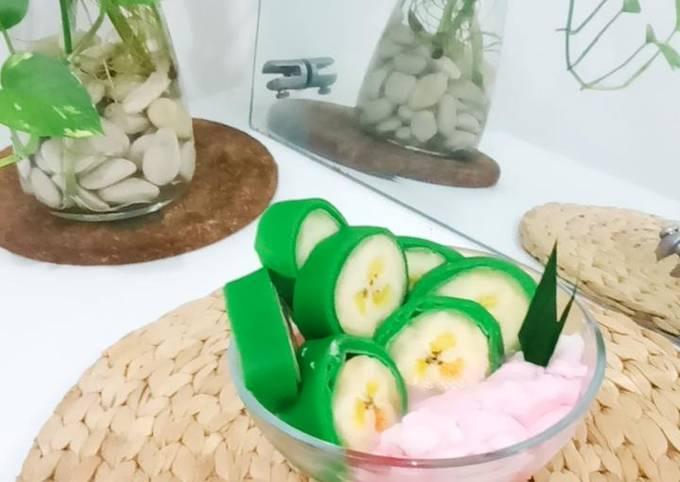 Es Pisang Ijo Simpel Khas Makassar Recipe By Yuliyanti Zaenal Cookpad