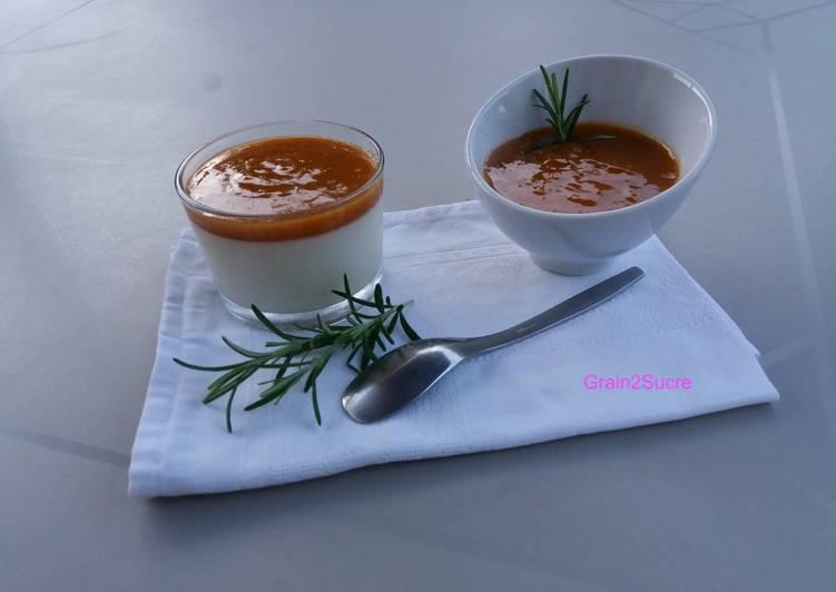 Recette: Appétissant Panna Cotta & compote d'abricots au romarin