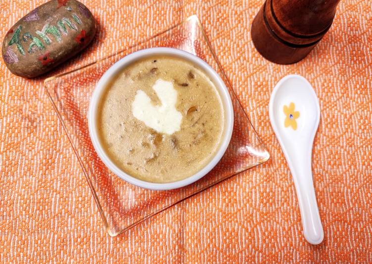 15 Minute Cream of Mushroom Soup