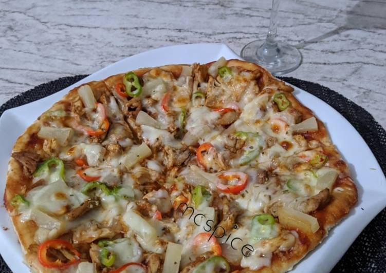 How to Prepare Tasty Chicken pizza