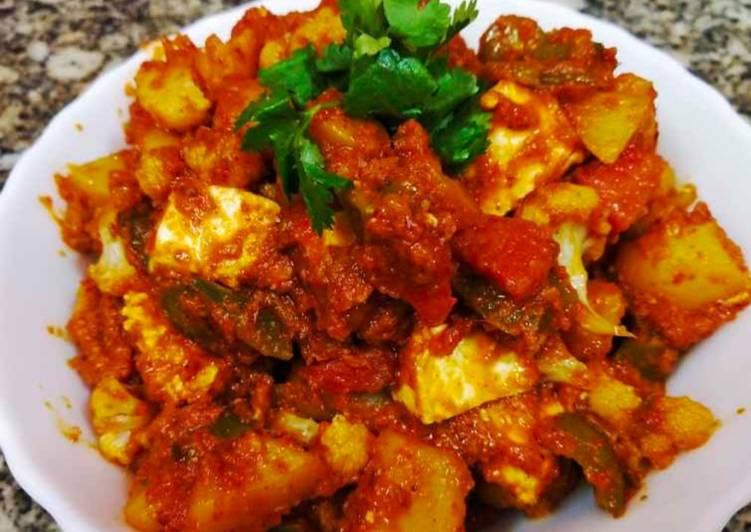 Easiest Way to Prepare Speedy Veg kolhapuri in red gravy